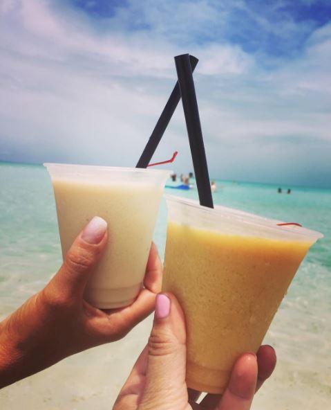 Castaway Cay Bars: Konk Kooler