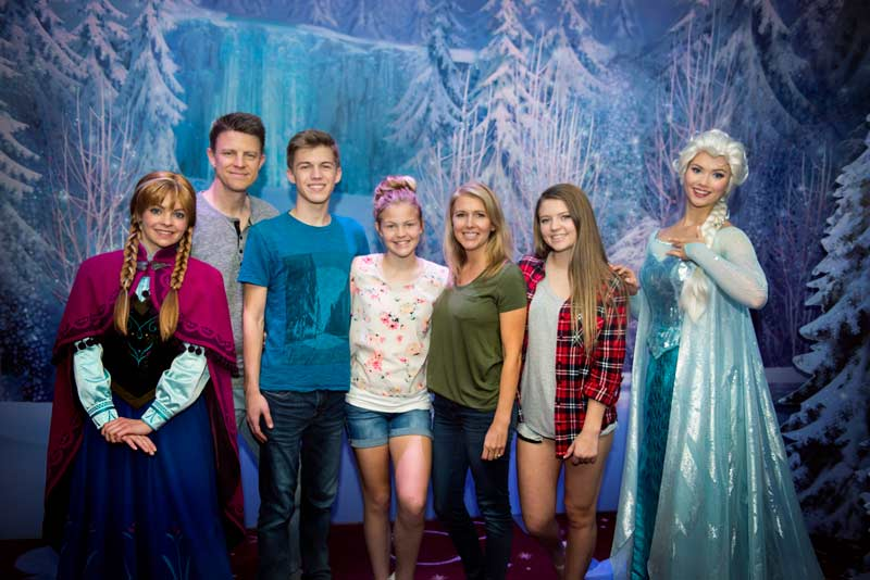 Frozen Meet and Greet on Disney Wonder Cruise Ship