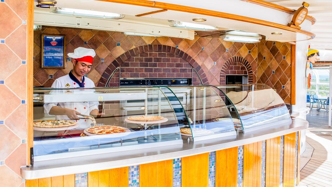 Disney Wonder Pinocchio's Pizzeria