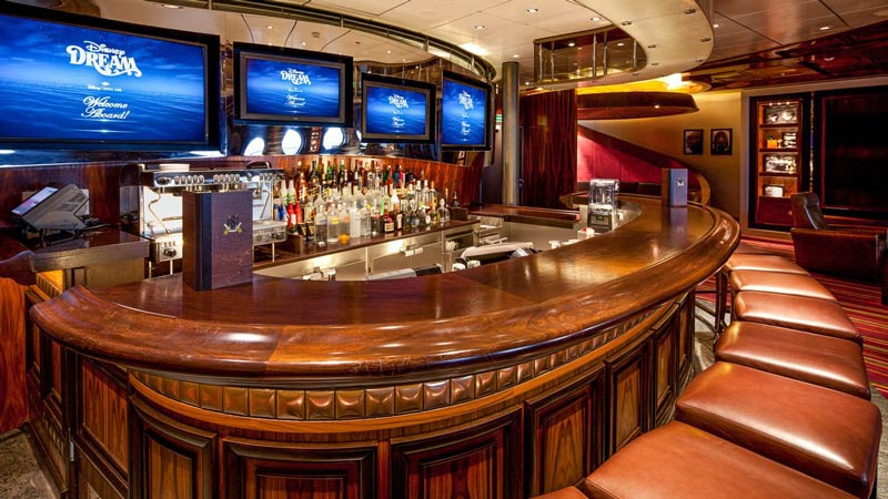 Pub 687 on Disney Dream