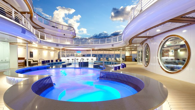 Disney Dream: Quiet Cove Pool