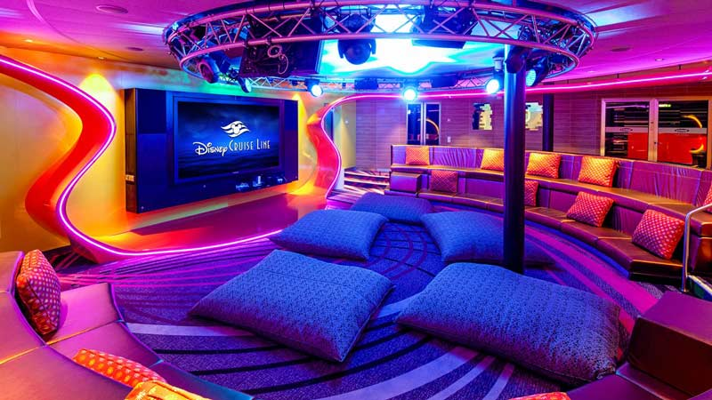 Disney Wonder Vibe Club for Teens