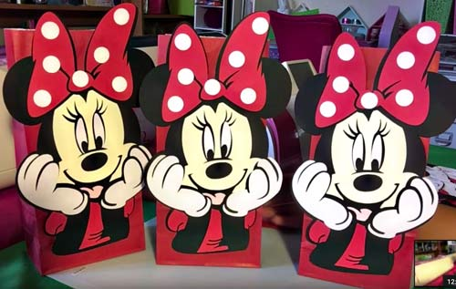 How to Make Minnie Mouse Party Bags with Cricut