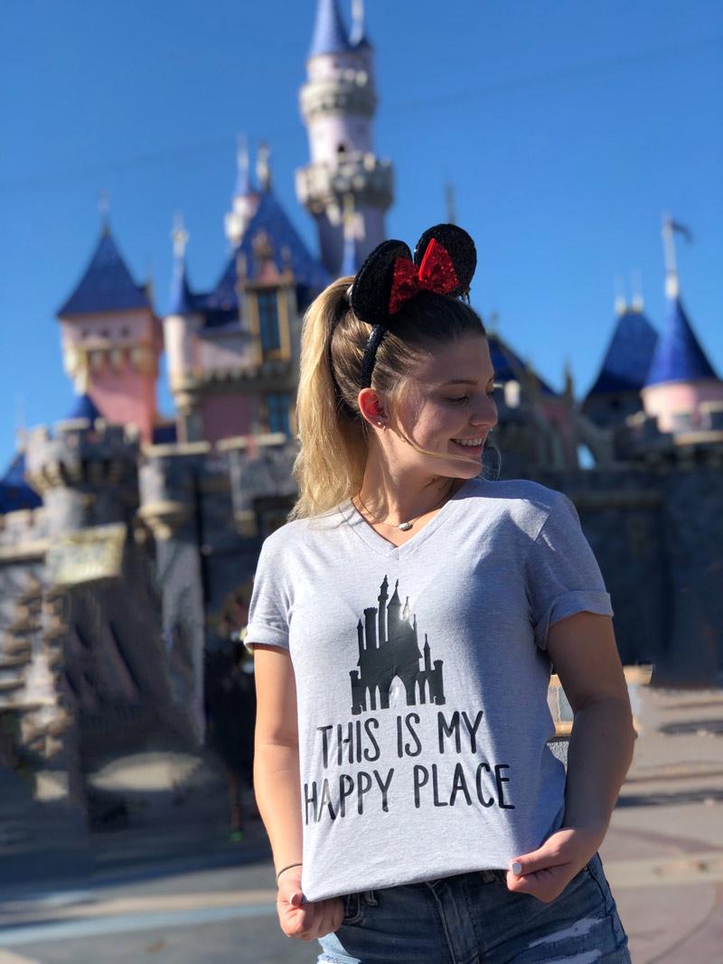How to make a custom Disney T-Shirt with Cricut