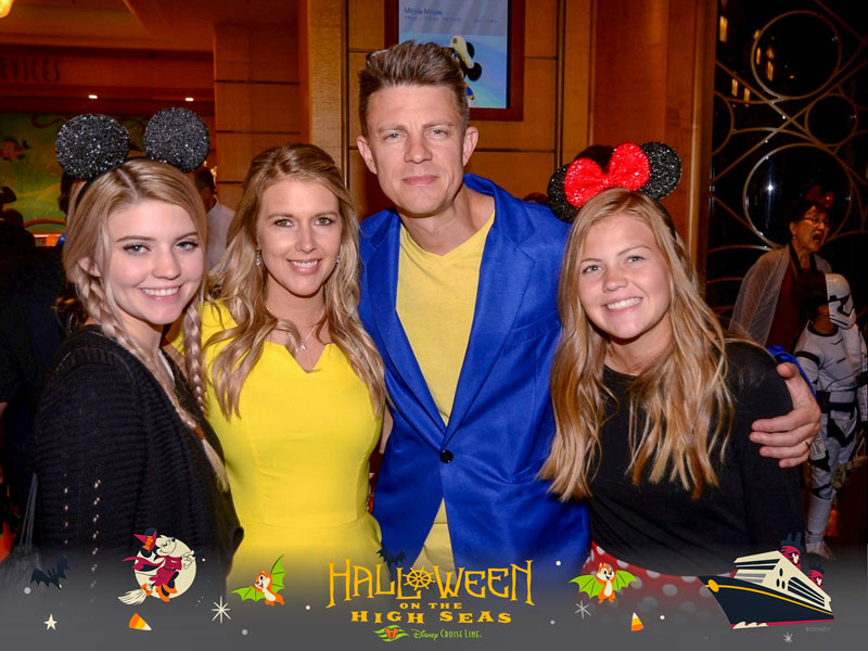 Disney Cruise Photo Package - Photographers will take your family picture on dress-up night