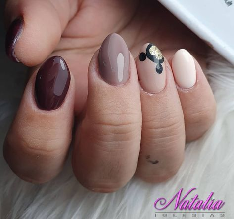 Feeling on the subtle, but still interesting side? These nails are abundant in neutral shades. But also find a way to make the mouse ears pop.