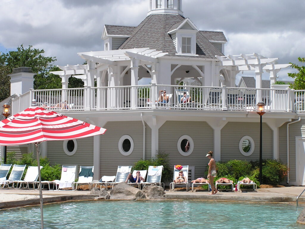 Swimming pool at Disney Yacht Club